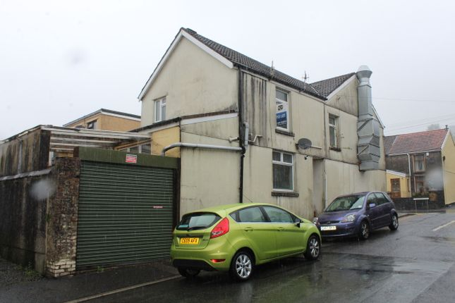 Thumbnail Maisonette to rent in Gelligaled Road, Pentre