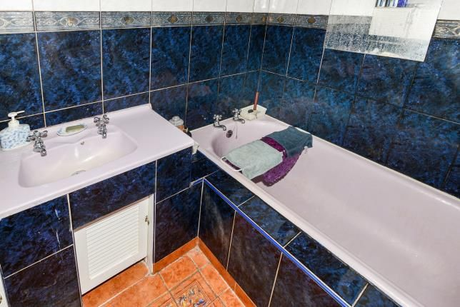 Bathroom of Downderry, Torpoint, Cornwall PL11