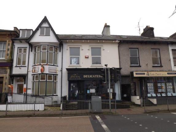 Thumbnail Maisonette for sale in High Street, Porthmadog, Gwynedd