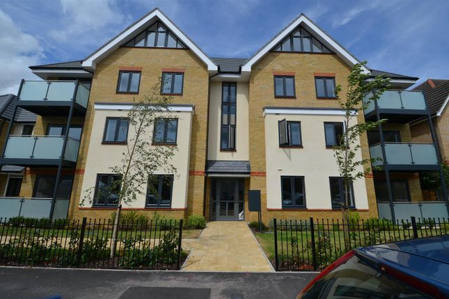Thumbnail Flat to rent in Frays Court, Swan Road, West Drayton