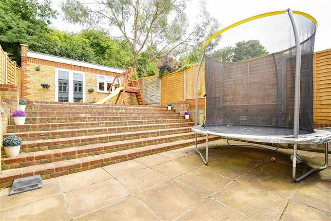Thumbnail Terraced house for sale in Gatward Close, London