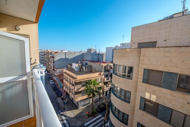 2 bed apartment for sale in Spain, Valencia, Alicante, Torrevieja