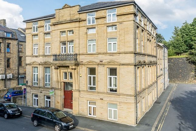 Thumbnail Flat to rent in 6 Charles Street, Shipley