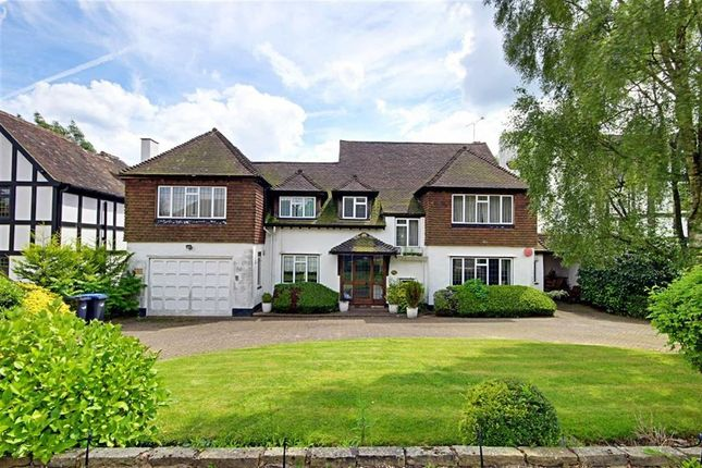 Thumbnail Detached house to rent in Beech Hill Avenue, Hadley Wood, Hertfordshire
