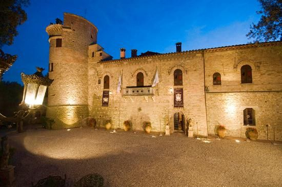 Thumbnail Château for sale in Perugia (Town), Perugia, Umbria, Italy