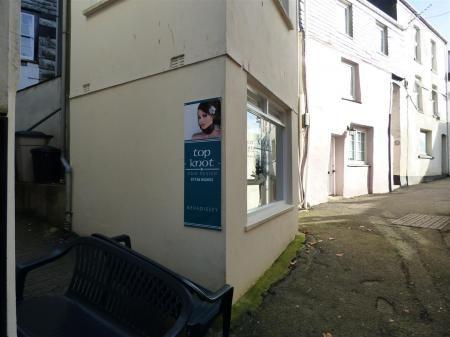 P1180868 of Cliff Street, Mevagissey, St. Austell PL26