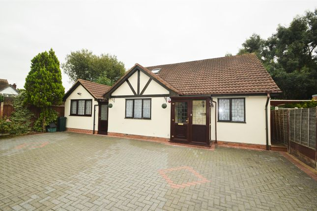Thumbnail Detached bungalow for sale in Lakeland Close, Chigwell