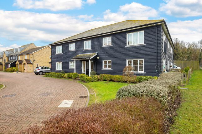 Thumbnail Flat for sale in Ringstone, Duxford, Cambridgeshire