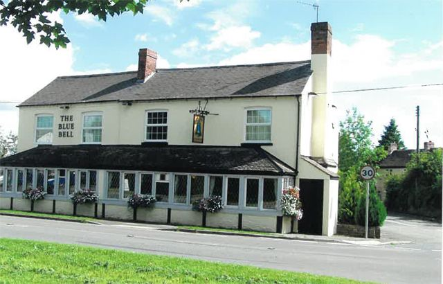 Thumbnail Pub/bar for sale in Grove Crescent, Worcestershire