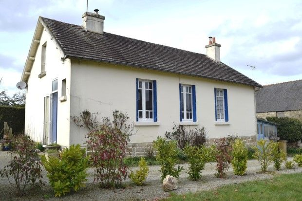 2 bed detached house for sale in 22210 Plémet, Côtes-D'armor, Brittany, France