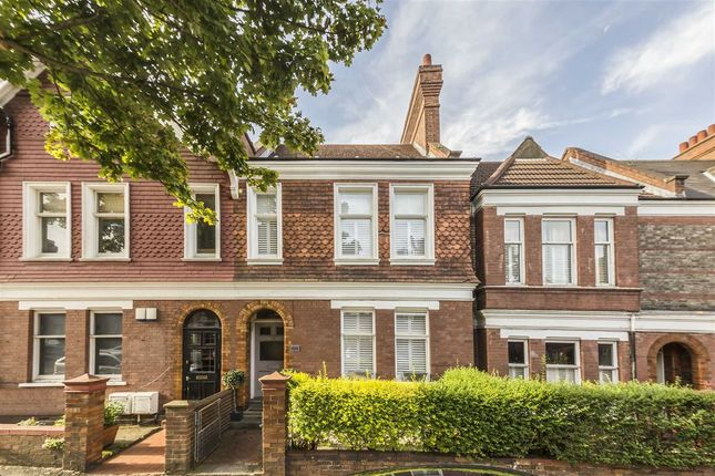 Thumbnail Property for sale in Cricklade Avenue, London