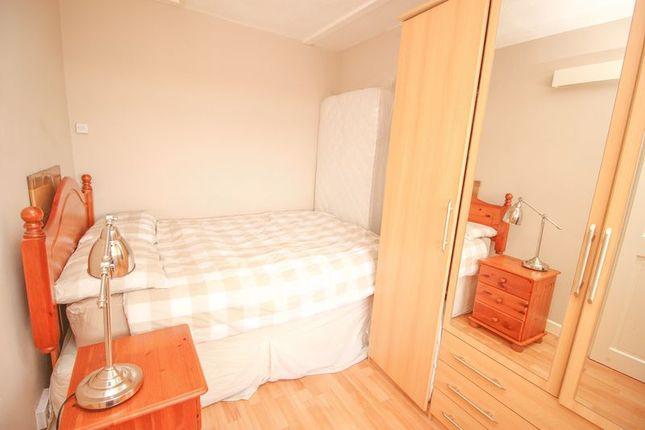 Bedroom of Abingdon Court, Blaydon-On-Tyne NE21