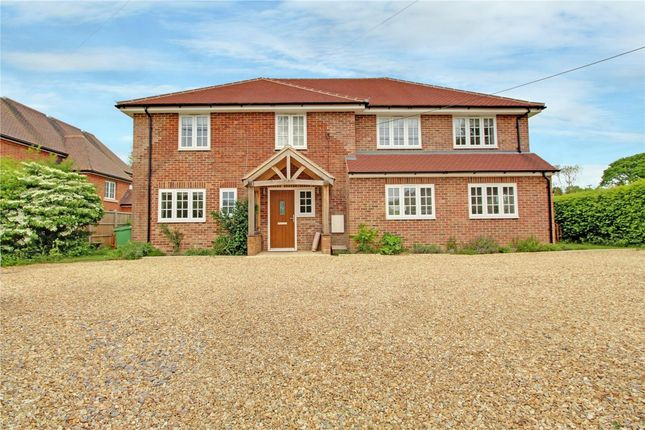 Thumbnail Detached house for sale in Silchester Road, Tadley, Hampshire