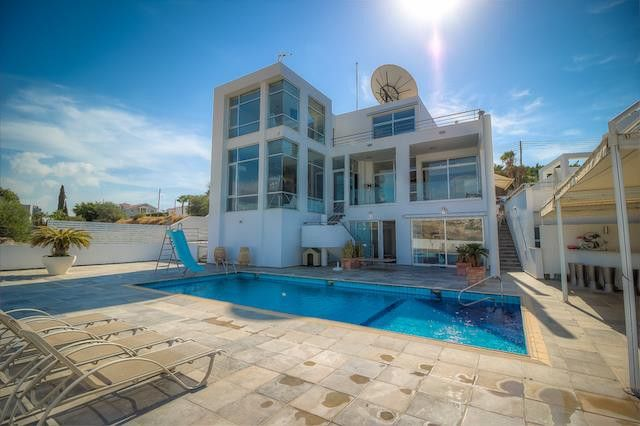 Thumbnail Villa for sale in Limassol (City), Limassol, Cyprus