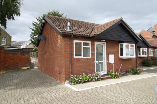 Thumbnail Bungalow for sale in High Street, Maldon, Essex