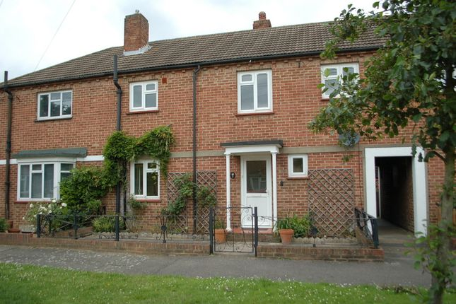 3 bed property to rent in Allen Close, Sunbury-On-Thames