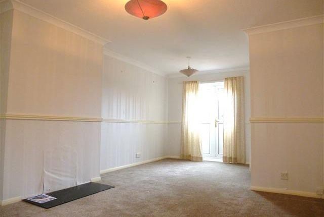 Thumbnail Property to rent in Fletcher Close, Taunton