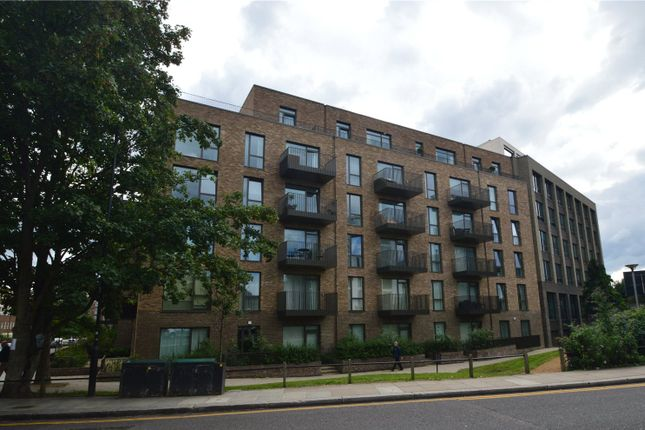 Thumbnail Flat for sale in Nautilus House, Ladbroke Grove, London