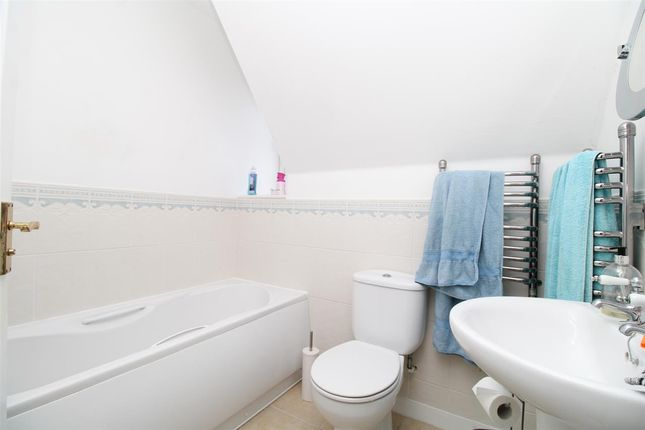 Bathroom of Robin Crescent, Stanway, Colchester CO3
