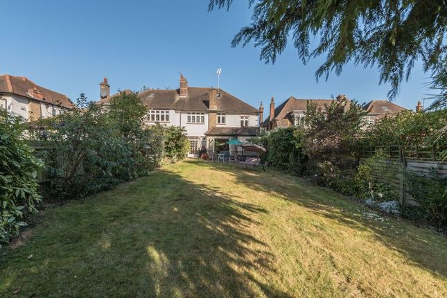 Photo 8 of Meadway, London N14