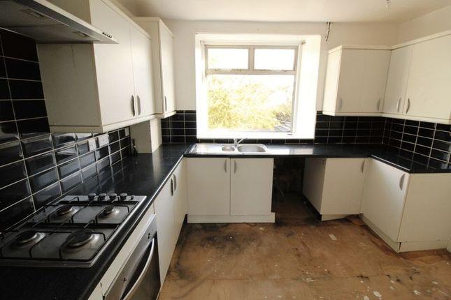 Kitchen of Main Street, Neilston, Glasgow G78