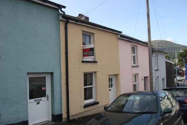 Thumbnail Terraced house for sale in Victoria Street, Abergavenny