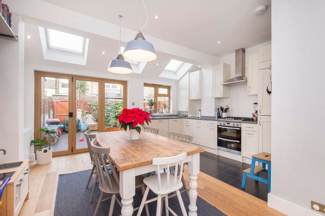Thumbnail Terraced house to rent in Balfour Road, London