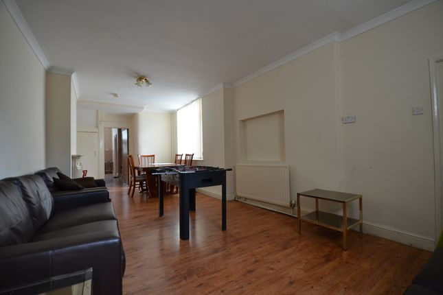 Thumbnail Town house to rent in Southfield Road, Middlesbrough