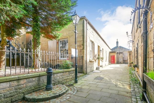Thumbnail Terraced house for sale in High Street, Falkirk