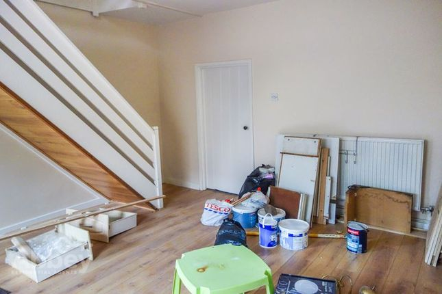 Lounge of New Road, Pontardawe SA8