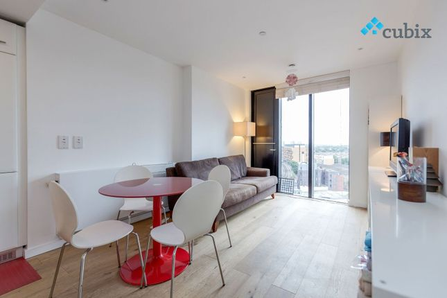 Thumbnail Flat for sale in Walworth Road, London