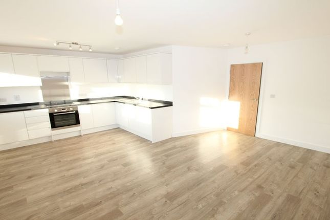 Thumbnail Flat to rent in Highway Court, Beaconsfield