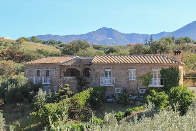 Thumbnail Country house for sale in Alhaurin De La Torre, Alhaurín De La Torre, Málaga, Andalusia, Spain