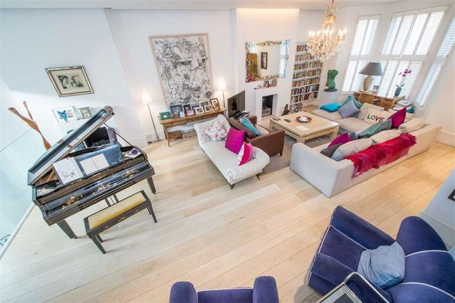 Terraced house to rent in Elsham Road, London