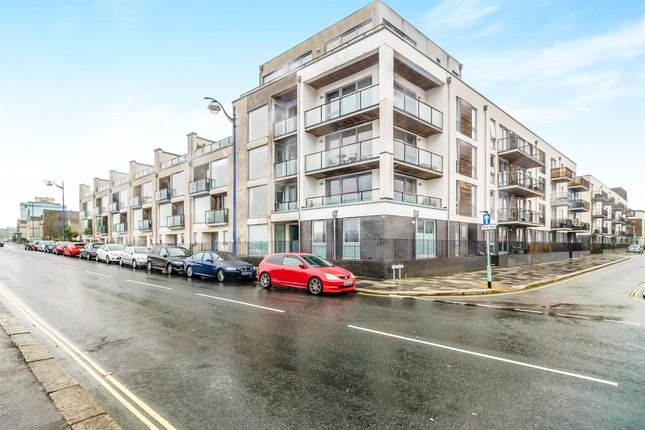 Thumbnail Flat for sale in Brittany Street, Stonehouse, Plymouth