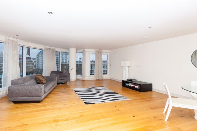 2 bed flat to rent in Fulham, Imperial Wharf
