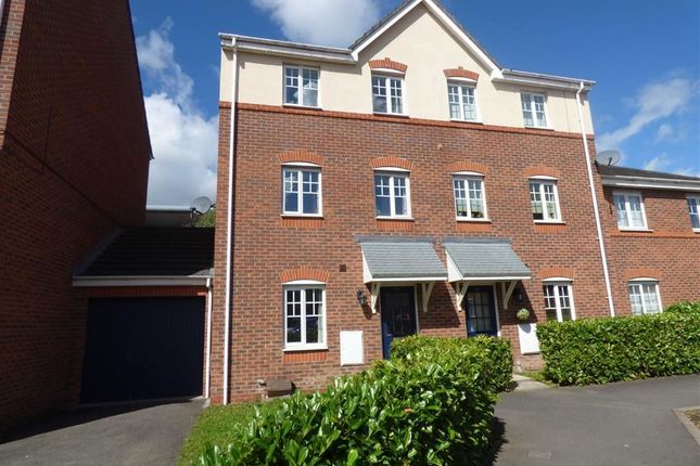 Thumbnail Town house for sale in Bateman Close, Crewe