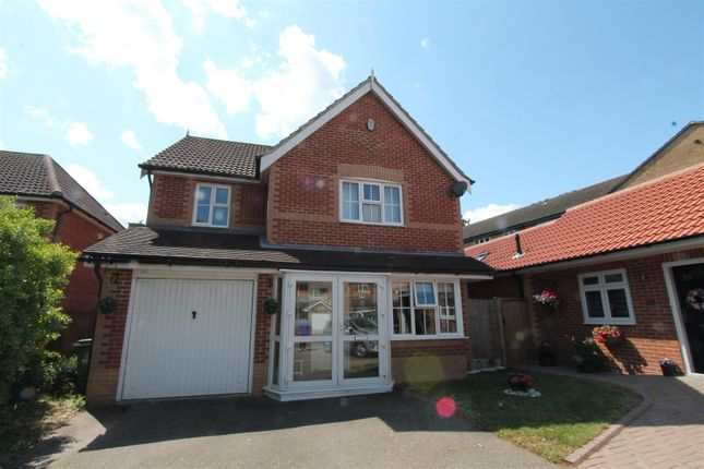 Thumbnail Property for sale in Parish Gate Drive, Sidcup