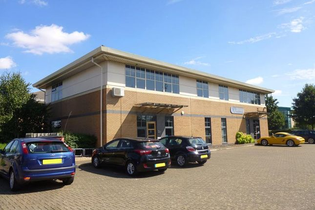 Thumbnail Office to let in First Floor Unit 1 Magellan House, Compass Point Business Park, Stocksbridge Way, St Ives, Cambridgeshire