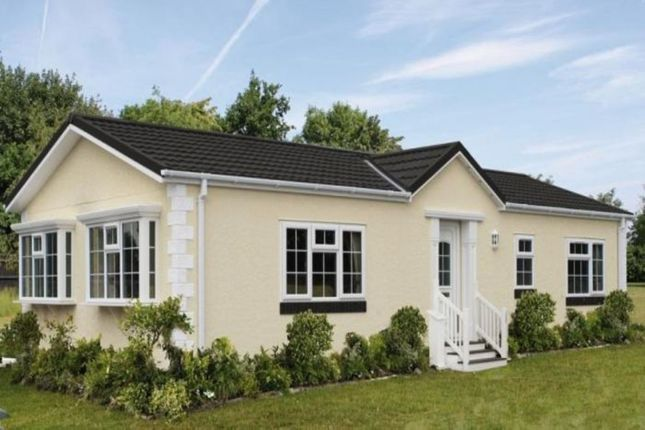 Thumbnail Bungalow for sale in The Regency Grasscroft Park Glasshouse Lane, New Whittington, Chesterfield