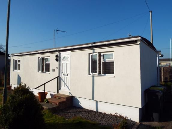 Thumbnail Mobile/park home for sale in The Dome Caravan Park, Hockley, Essex