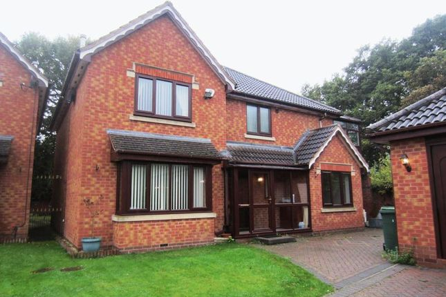 Thumbnail Detached house to rent in Werneth Grove, Bloxwich, Walsall