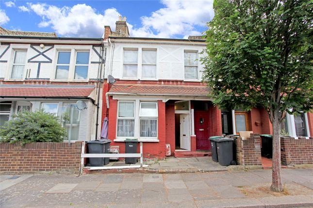 Flat for sale in Heysham Road, London