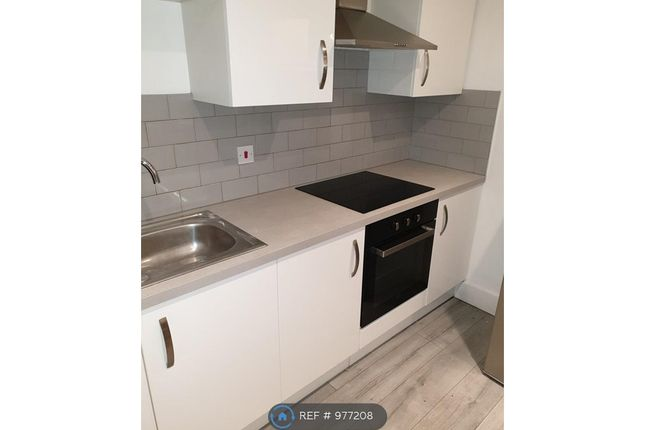 Thumbnail Room to rent in Coldharbour Road, London