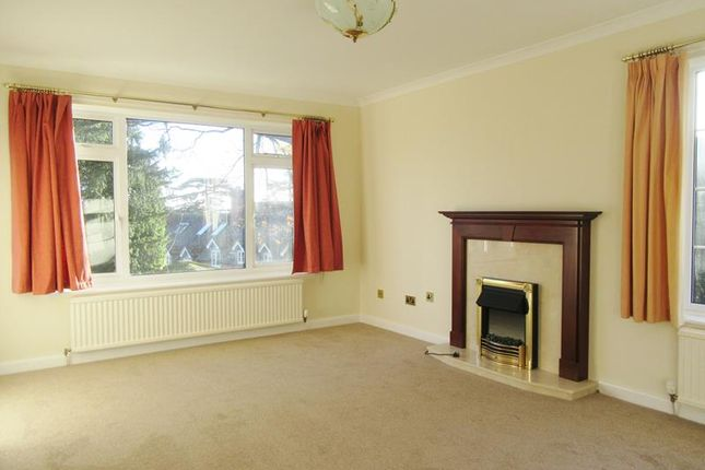 4 bed detached house to rent in 66 Graham Road, Malvern