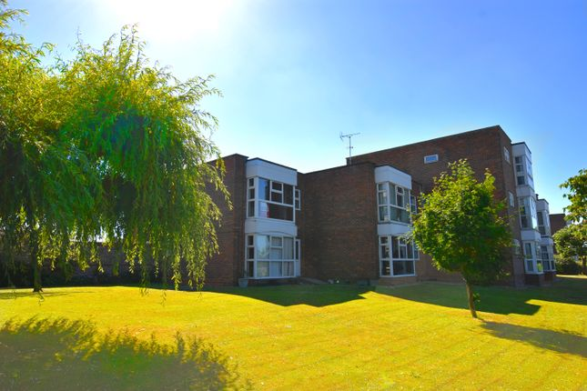 Thumbnail Flat for sale in The Strand, Goring-By-Sea, Worthing