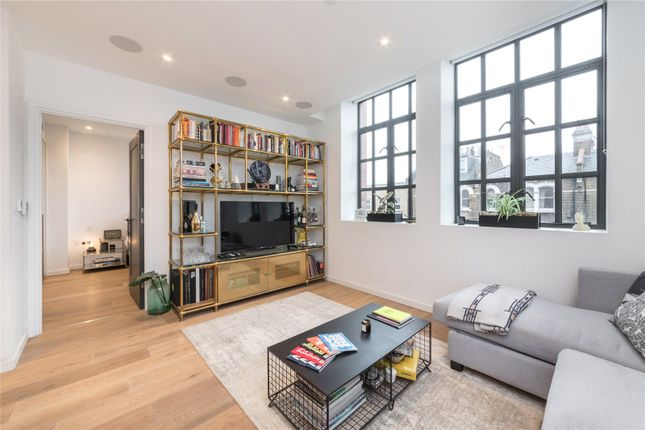 Living Room of The Maple Building, Kentish Town, London NW5