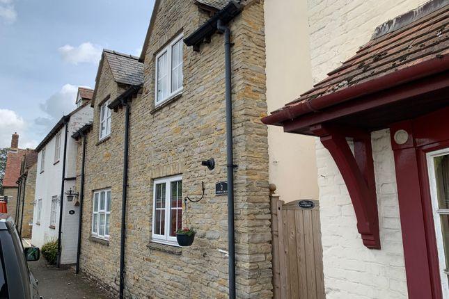 Thumbnail Semi-detached house for sale in Ashwin Court, Bretforton