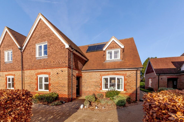 Thumbnail Cottage for sale in Bramshott Place, Liphook, Hampshire