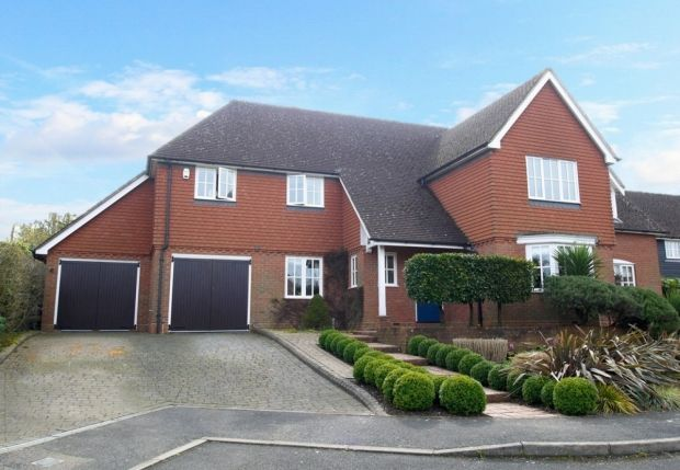 Thumbnail Detached house for sale in Durlings Orchard, Ightham, Sevenoaks
